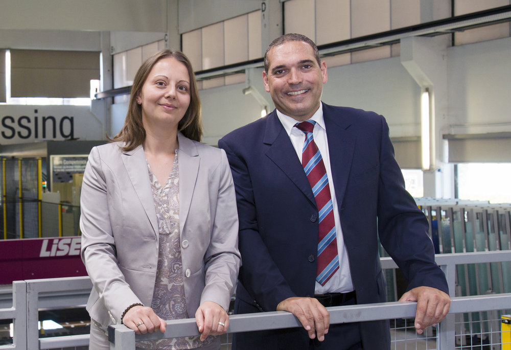 General Managers of Glastronic: Dr. Anita Panowitz (Administration, Production, IT) and Bernhard Scheidl (Purchasing, Sales, Engineering).